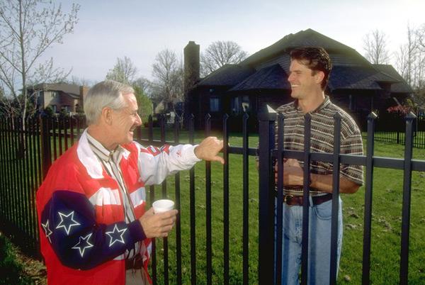 Jim Harbaugh and neighbor Lindy Infante :: David Walberg/SI