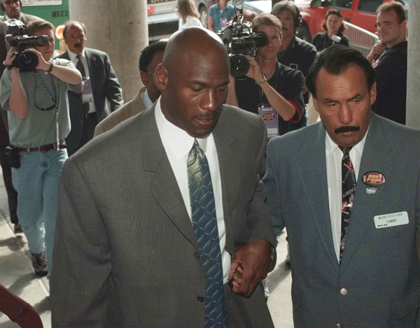 Michael Jordan :: AP