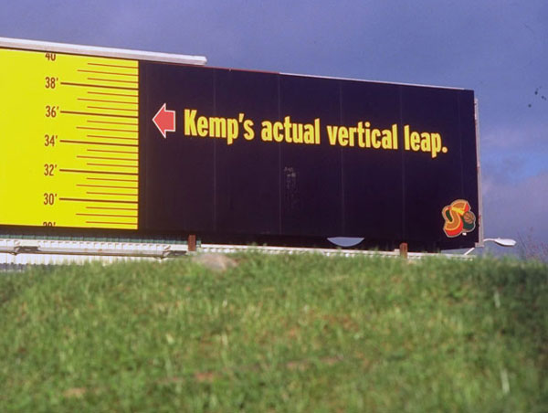 This ground level billboard in Seattle reminded residents just how high Shawn Kemp can fly. ( John W. McDonough/SI)