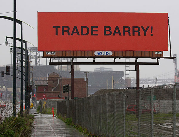 San Francisco residents expressed their discontent with all-time home run king Barry Bonds. (Brad Mangin/SI)