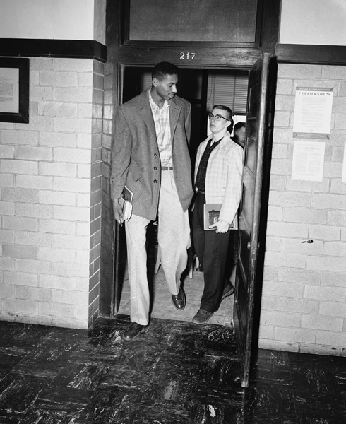 Wilt Chamberlain and friend :: AP