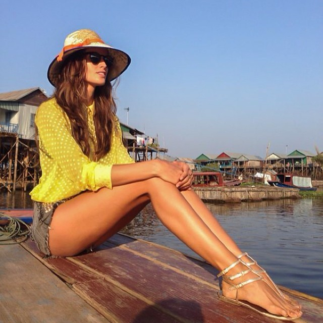 @iza_goulart: Visiting Siem Reap floating houses#cambodja #floatinghouses #countryside #dreamholidays #appreciation