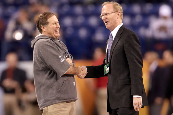 Bill Belichick and John Mara :: Damian Strohmeyer/SI