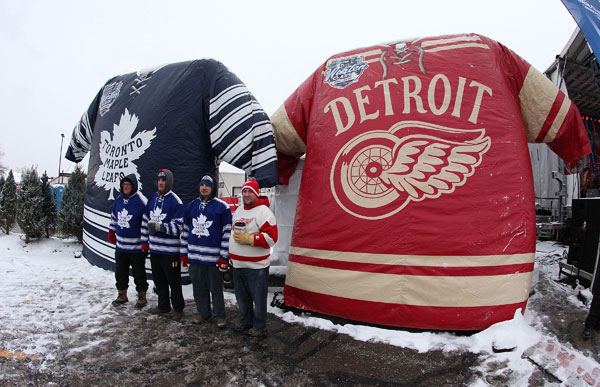 Toronto and Detroit fans :: Getty Images