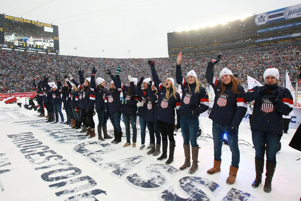 U.S. Women's Hockey Team :: Getty Images
