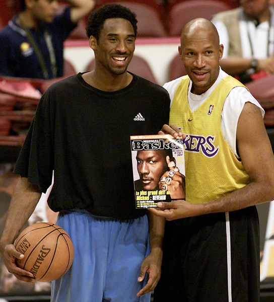 Michael Jordan and Ron Harper :: Getty Images