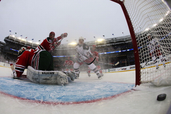 Rick Nash scores in the second period. (Getty Images)