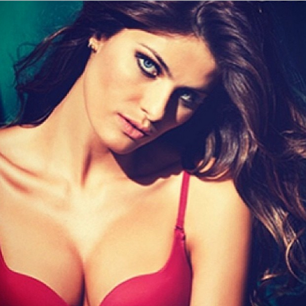 @isabellifontana_official: #keeponsexylingerie #underclothes