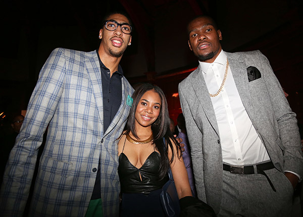 Anthony Davis, Kevin Durant (Jonathan Nunez/Getty Images)