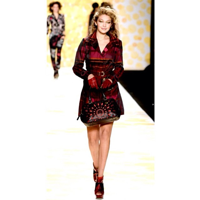 @gigihadid: Had the best time making my New York Fashion Week debut walking for@Desigual. ️ #nyfw #mbfw #desigual @imgmodels (thanks to@luizmattosimg for believing in myself more than I do)