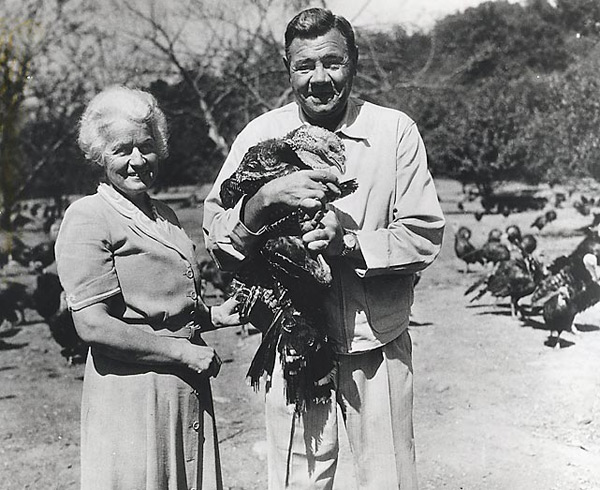 Ruth visits his turkey farm in New Jersey.