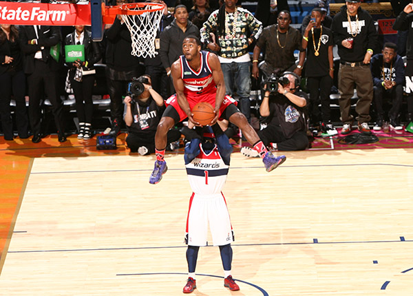 John Wall leads Eastern Conference to 2014 Slam Dunk ...