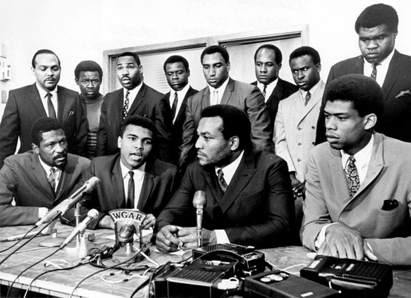 Bill Russell, Muhammad Ali, Jim Brown and Lew Alcindor (1963) :: Tony Tomsic/Getty Images
