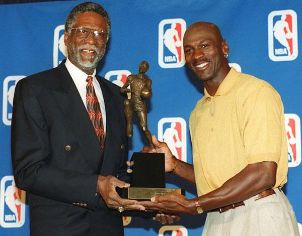 Bill Russell and Michael Jordan (1998) :: AP
