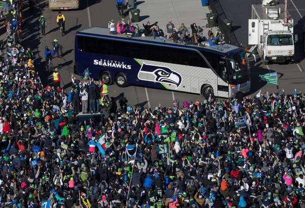 Seahawks bus :: Getty Images