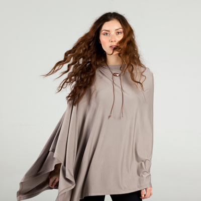 Poncho in taupe