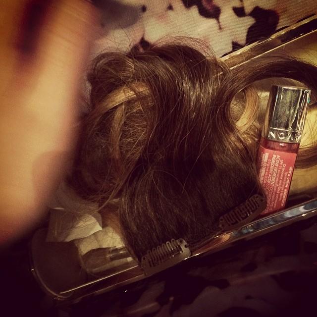 @chrissyteigen: handshake hair hazard
