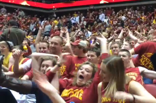 Iowa State student section's group flop. (Instagram)