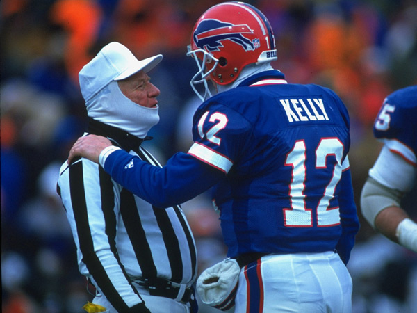 Jim Kelly and referee (1994) :: John Biever/SI