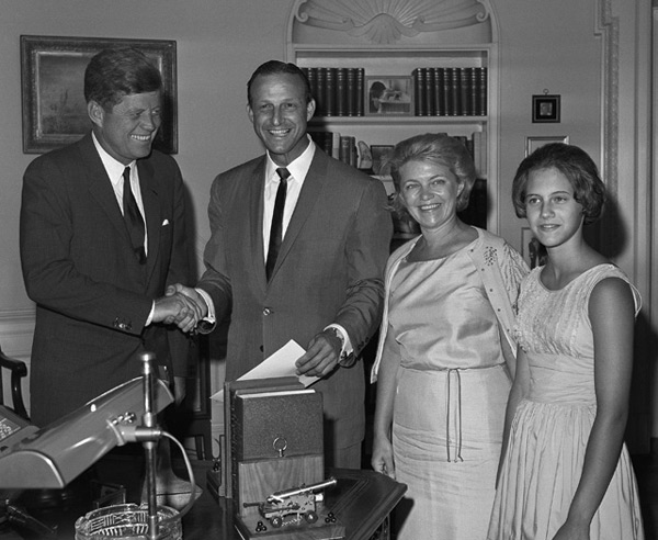 Stan Musial and John F. Kennedy (1962) :: AP