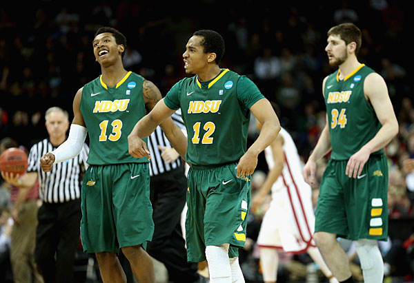 Lawrence Alexander, North Dakota State :: Getty Images