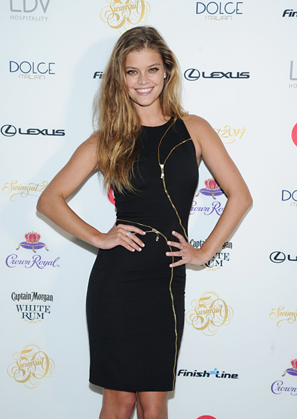 Nina Agdal :: Getty Images