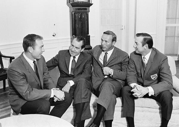 Bart Starr, Arnold Palmer, Al Kaline and Richard Nixon (1969) :: Corbis