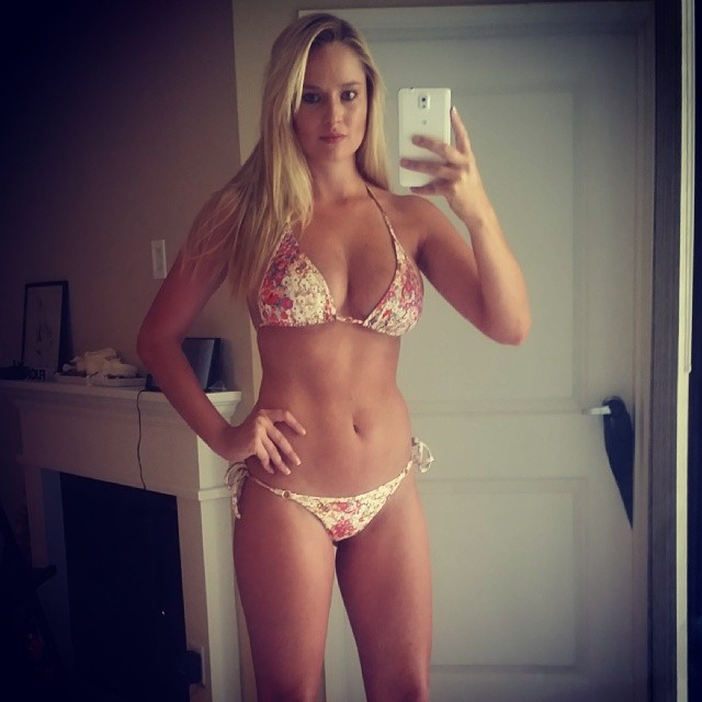 @genevievemorton: Bikini #selfie My fav suit from the @si_swimsuit issue! Thanks @mj_day#siswim50 #modellife #genevievemorton