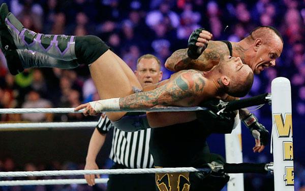 The Undertaker and CM Punk, WrestleMania 29 :: AP