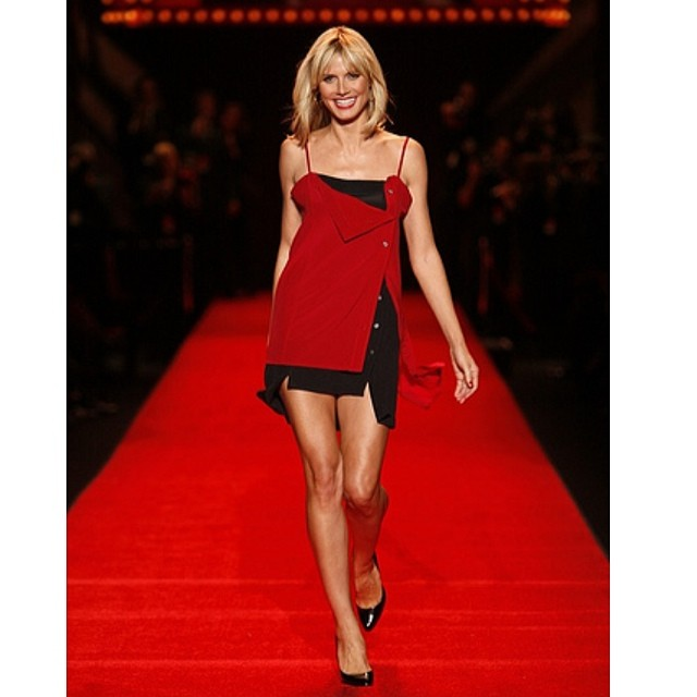 @heidiklum: Photo blast from the past: Loved this @marcjacobsintl dress at the Heart Truth Fashion Show (2008)