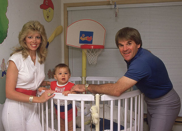 Pete Rose, wife Carol Woliung and son Tyler (1985) :: John Iacono/SI