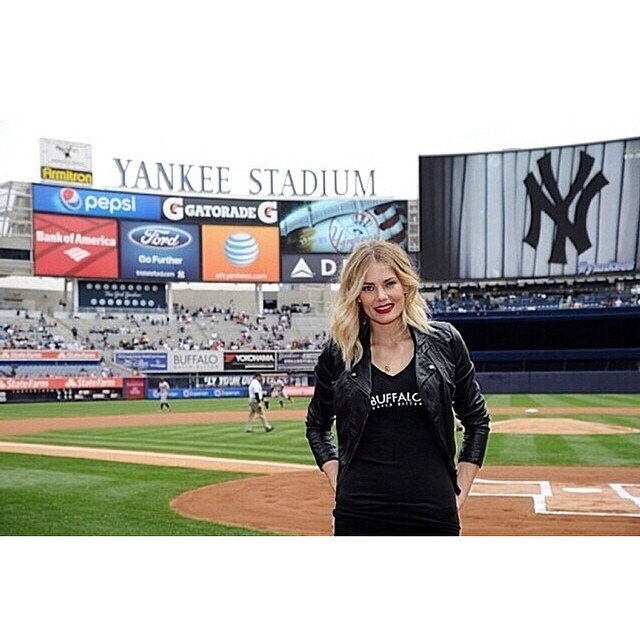 @imgmodels: @toripraver at the Yankee game earlier today!