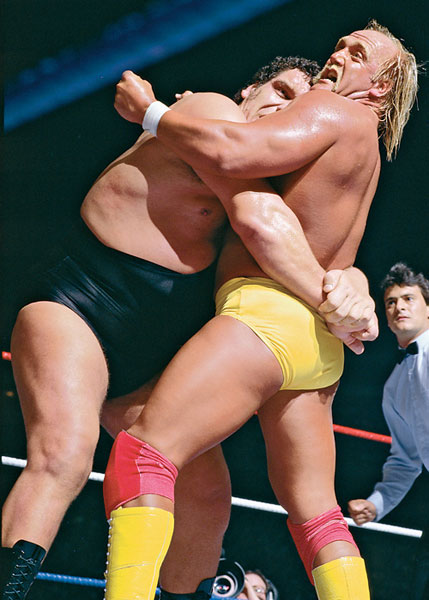 Andre the Giant and Hulk Hogan, WrestleMania 3 :: AP