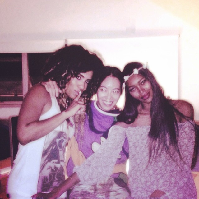 Jessica White (@iamjesswhite) and her friends got the gauzy-boho look all ready for festival season
