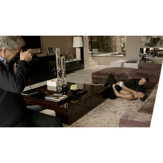 @mariotestino offeres a BTS look on his Vogue España shoot with Irina and Cristiano