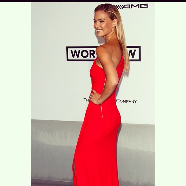 Bar Refaeli's (@barrefaeli) agency One Management (@onemanagement) get over this shot of their girl at Cannes . . . nor can we