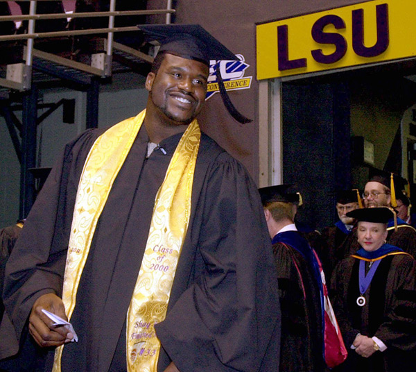 Shaquille O'Neal                                 LSU, 2000 :: AP