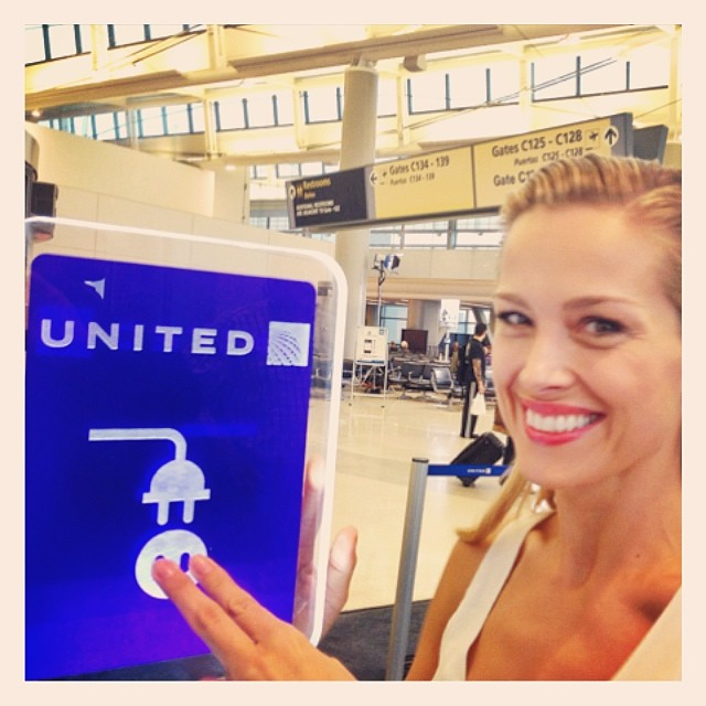 @pnemcova: On a road again. emoji️@happyheartsfund is plugged in to @united