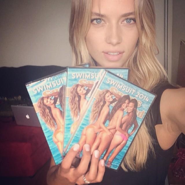 @hferguson1313: Thank you #SI for my #SportsIllustrated dvd !!! Love y'all ! #surpriseinthemail#SIswimsuit #swim50 #2014rookie @si_swimsuit @mj_day @darciebaum@ja_neyney