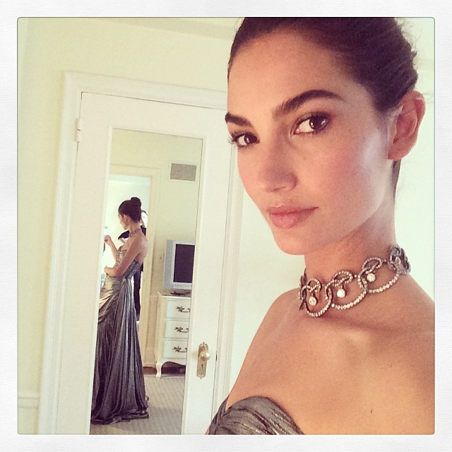 @lilyaldridge: Final touches before I head to #MetGala!! @MichaelKors#StephenRussellJewelry @voguemagazine @lamarque_nyc & @victoriassecretglam squad @quinnmurphy1 @brycescarlett