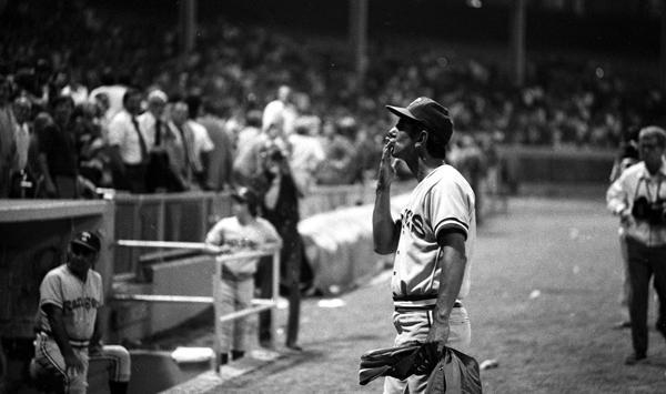 Rangers manager Billy Martin blows a kiss to the fans.  (Getty Images)