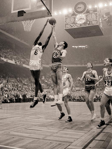 Bill Russell and Cliff Hagen, 1957 :: Richard Meek/SI