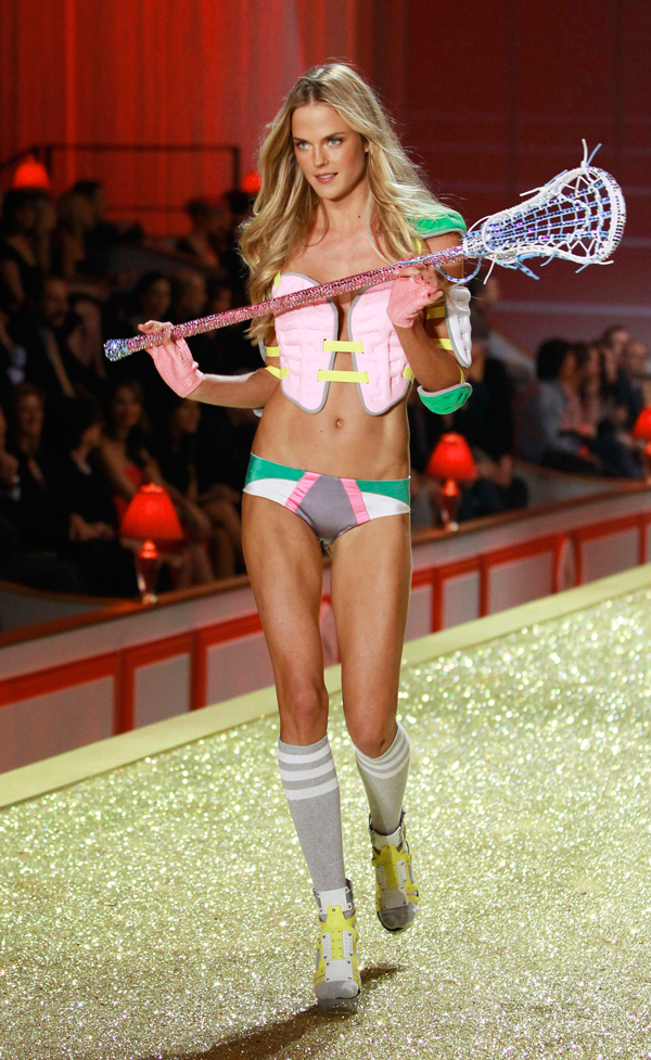 2010 V.S. Fashion Show :: Reuters