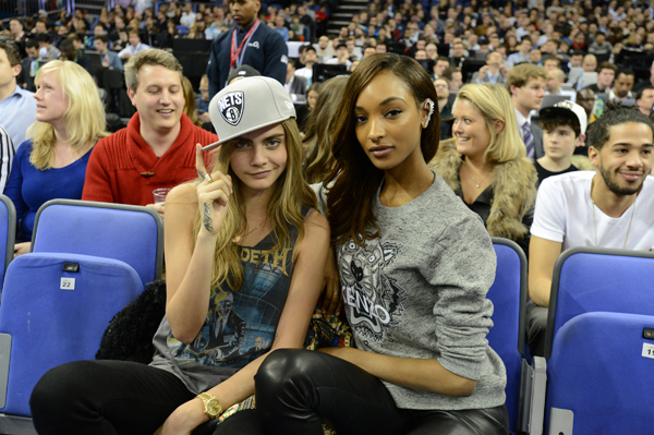 Cara Delevingne and Jourdan Dunn :: Getty Images