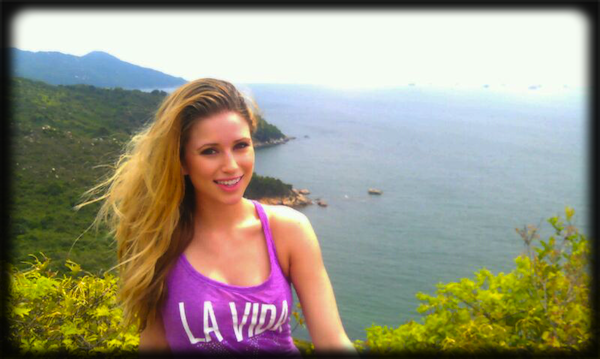 Twitter/Nia_Sanchez_
