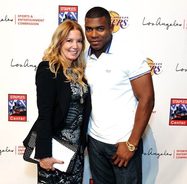 Jeanie Buss and Yasiel Puig :: Getty Images