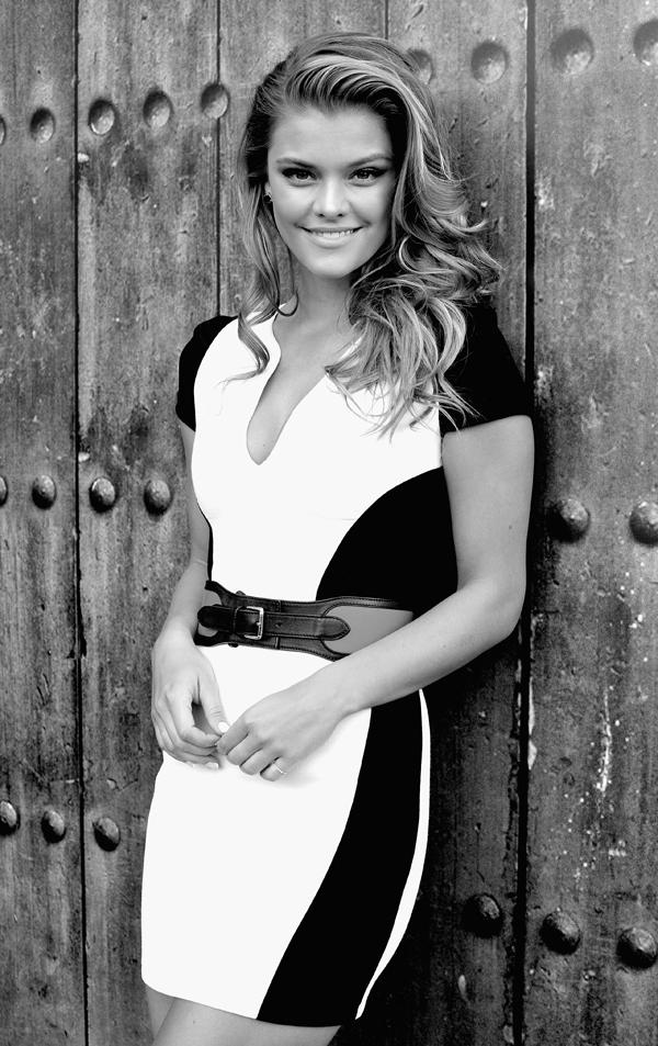 Nina Agdal :: Getty Images