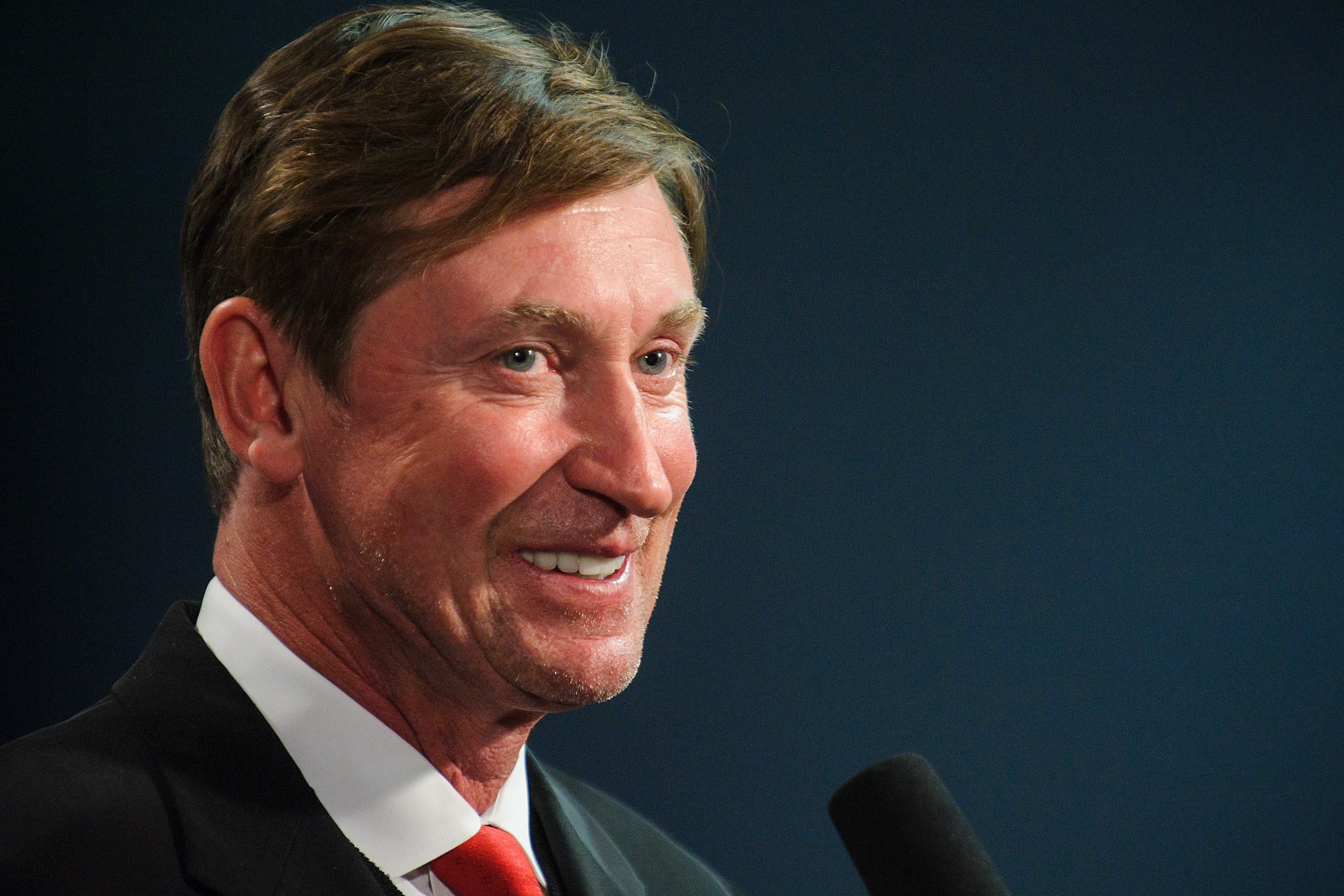 The NHL rejected a plan in 2011 from Wayne Gretzky and other investors who had attempted to make a $1.5 billion purchase of the Toronto Maple Leafs.