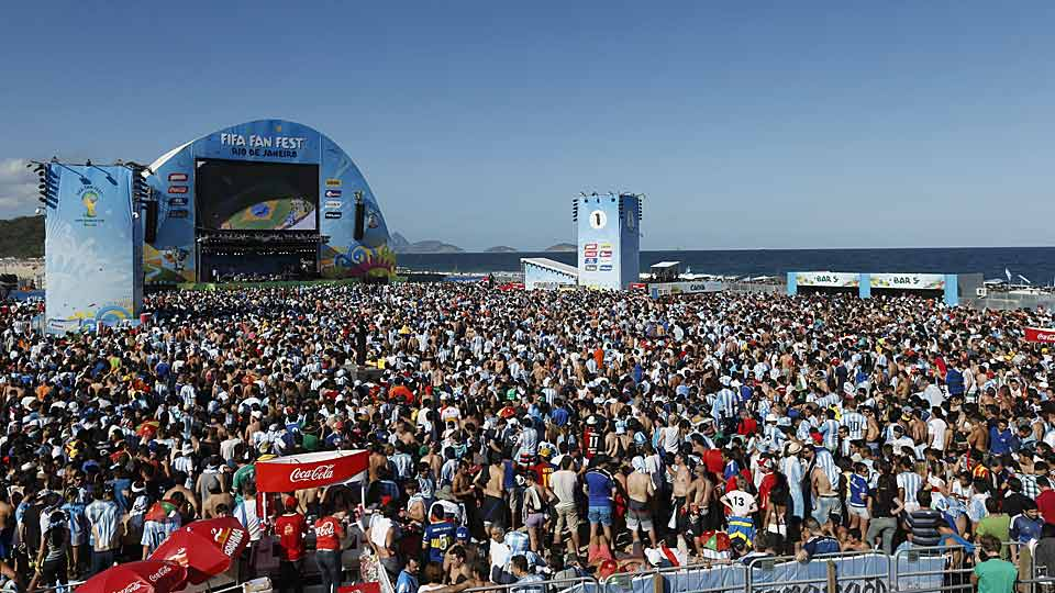 Argentina and Germany fans gather in Rio to watch the World Cup Final