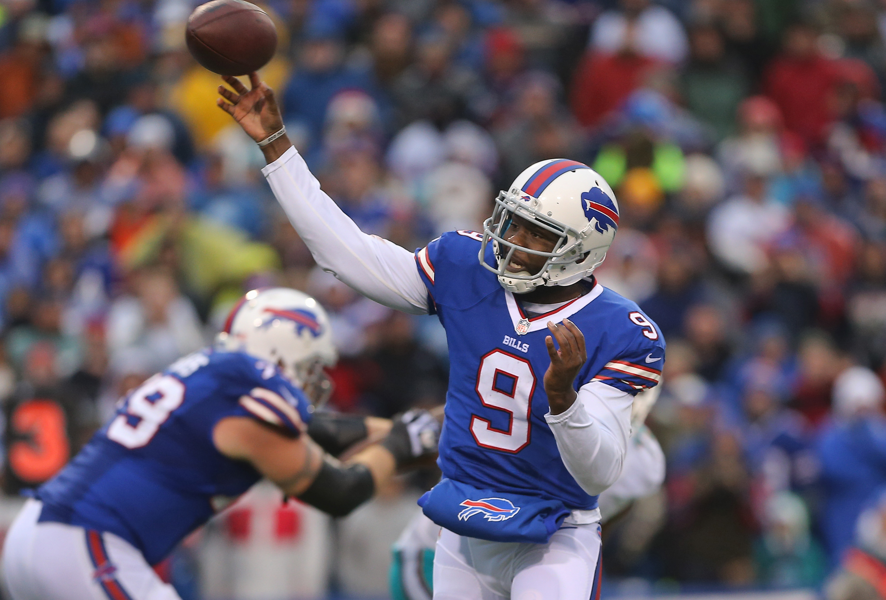 Thad Lewis is competing against Jeff Tuel for the Buffalo Bills' backup QB job.
